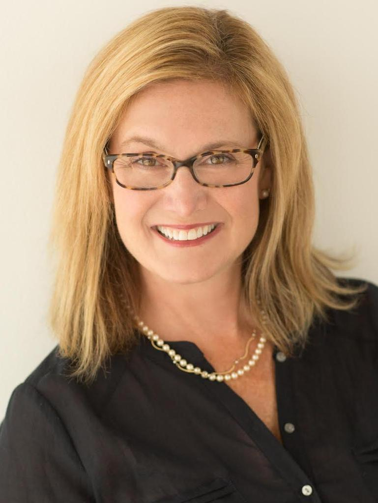 Betsy Schneider Profile Image