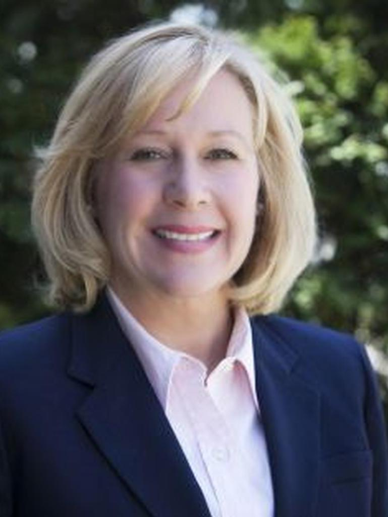 Julie Signorello Profile Image