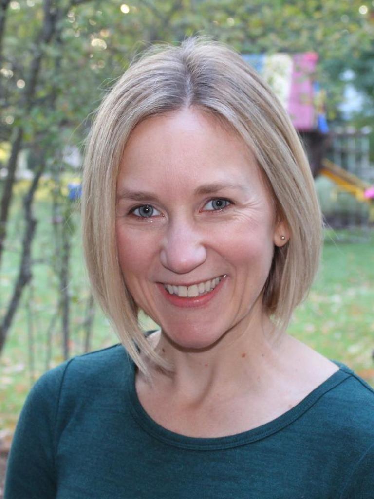 Caitlin Busch