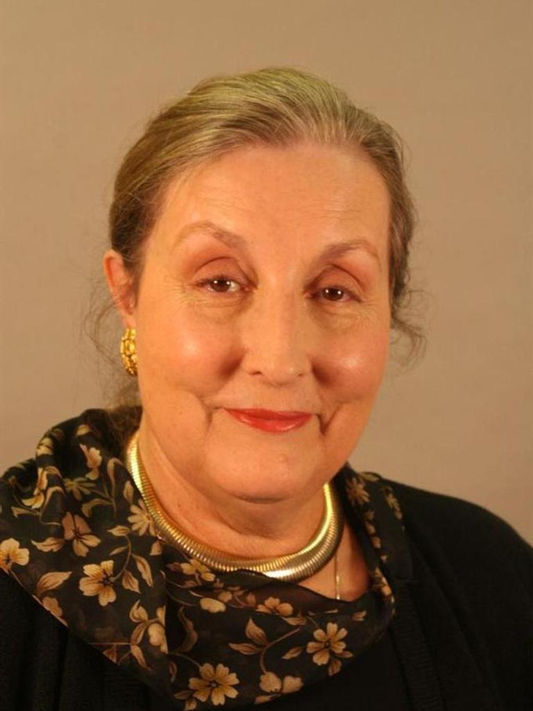 Mary Jo Flett
