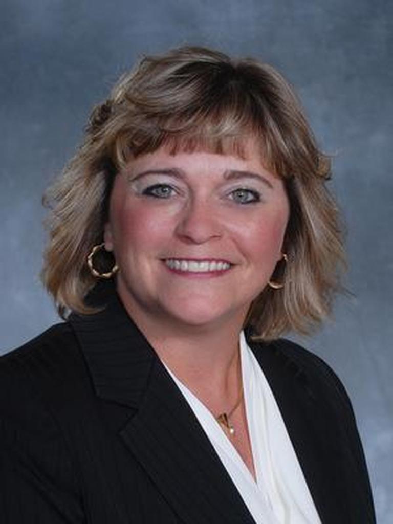 Wendy Ezzo Profile Image