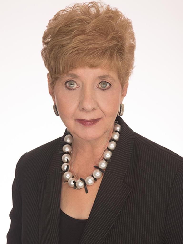 Carole Eizelman