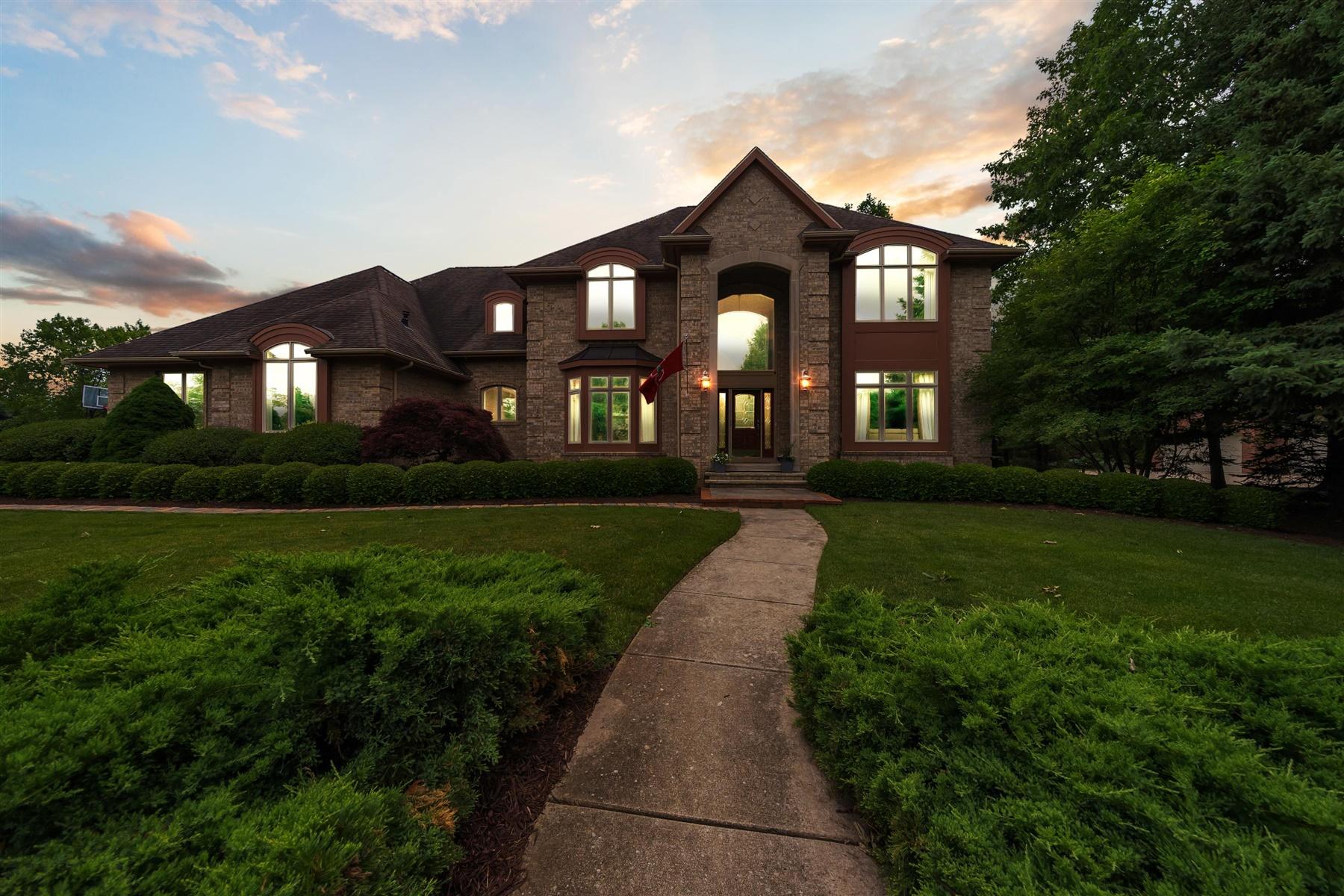 Okemos Real Estate Lifestyle Photo 01