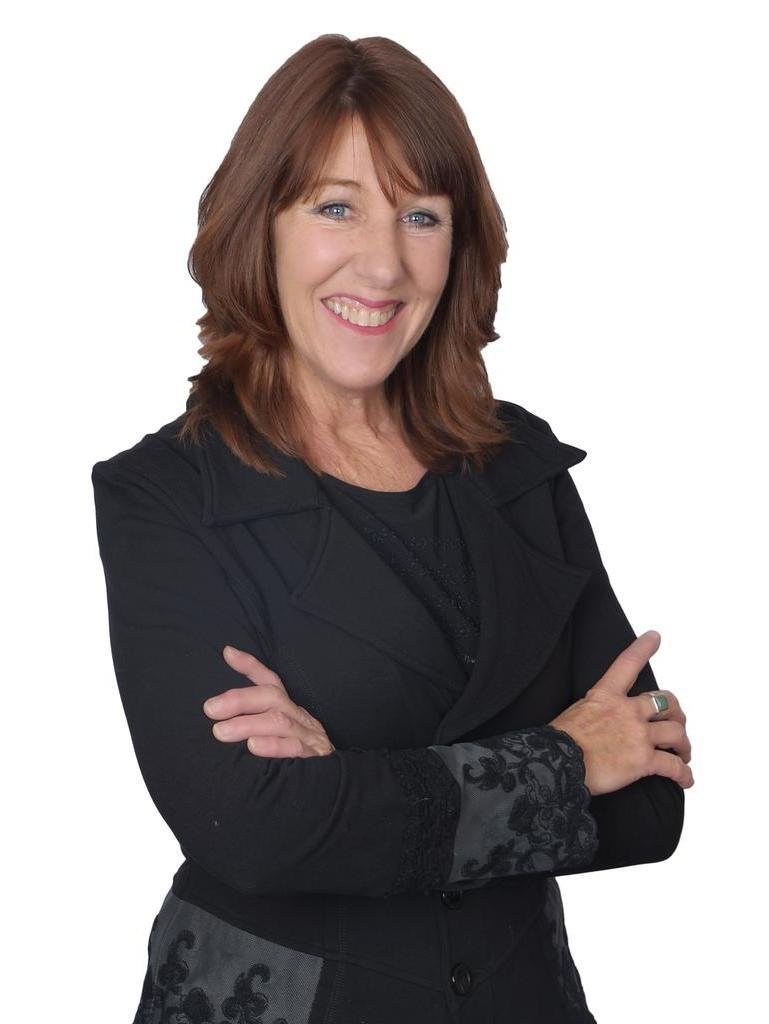 Lori Ellis
