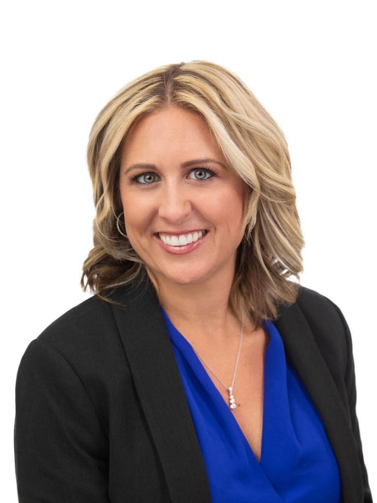 Lindsay Warren Profile Image